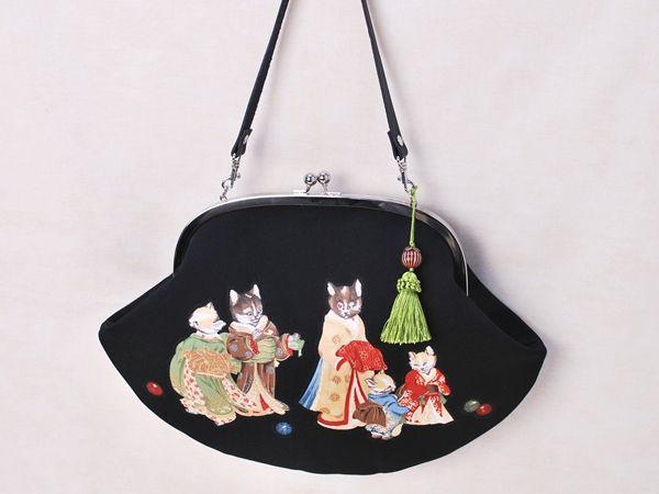着物を着た猫バッグ