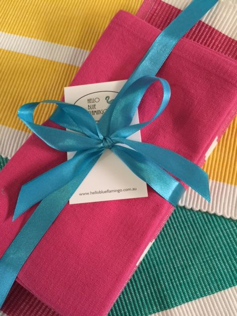 Serviette and placemat settings, four vibrant colours, all machine washable. Perfect gift! #helloblueflamingo #perfectgift #flamingo