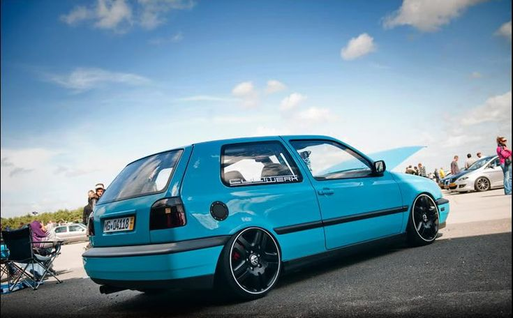 Turquoise-vw-golf-mk3
