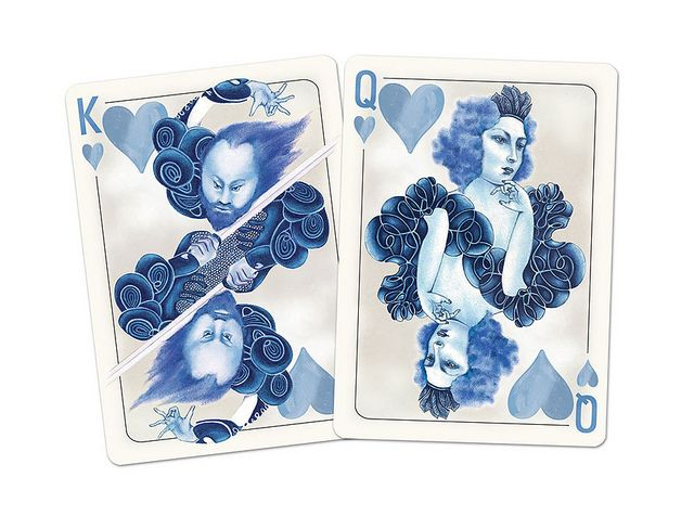 https://playingcardcollector.files.wordpress.com/2013/08/blueblood_redux_playing_cards_queen_of_hearts.jpg?w=645