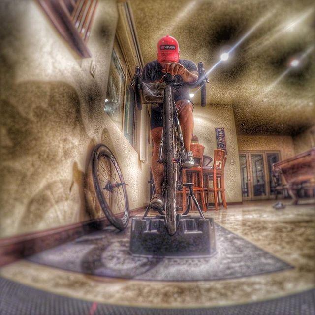 "Rainy days trainer days!!! "" BElieve in YOUrself"" #triathlon #triathlete #ironmantraining #triathlontraining  #ironmantri #ironman703 #top_triathletes #triathletes #ironmantriathlon #triathlonbrasil #ironman70 #ironmanbrasil #triathlonlife #triathlons #ironmanmagazine #triathlon_world #triathleteintraining #triathlonlifestyle"