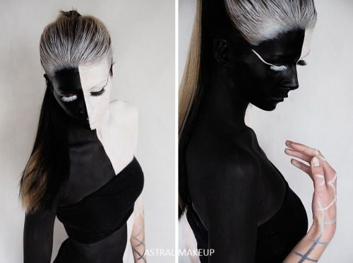 Black and White bodypainting from an exhibition in 2015.
