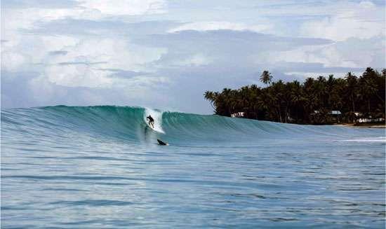 Surfing @ Lagundri Beach, Nias Island, Indonesia