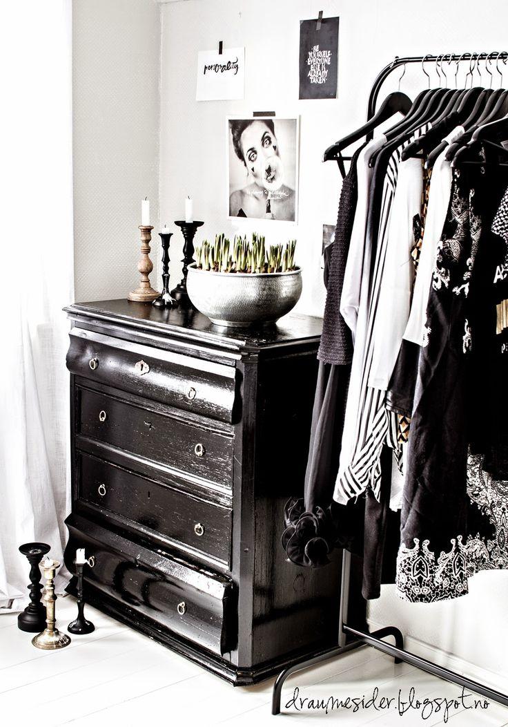 Dressing Room / Closet / Leah