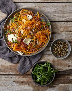 Gluten-free butternut spaghetti with crispy bacon, camembert and toasted pumpkin seeds. Perfect mid-week meal for 2. #Glutenfree #eatwell