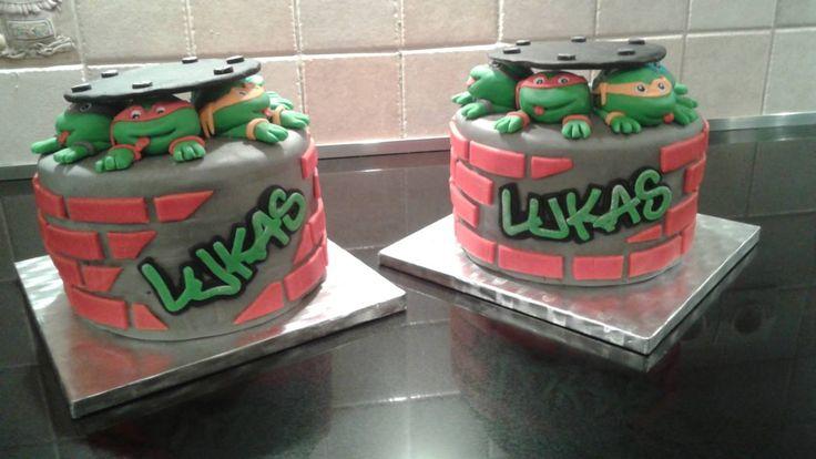 Gateau D 39 Anniversaire Cake Design Tortues Ninjas Graffiti Mes G Teaux Pinterest G Teaux
