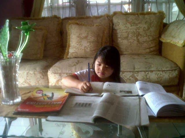 Les Privat Study Private memiliki banyak guru yang berpengalaman yang siap membimbing siswa siswi belajar di rumah untuk meningkatkan pemahaman dan penguasaan materi pelajaran. G