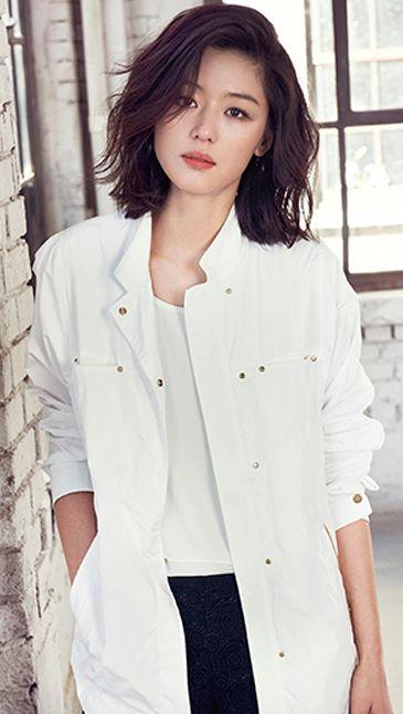 Ji-hyun Jun Nude Photos 27