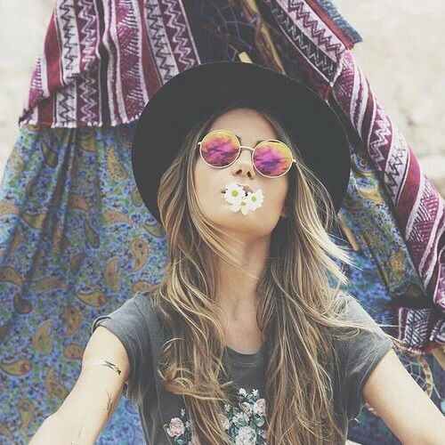 how to look like a hippie girl