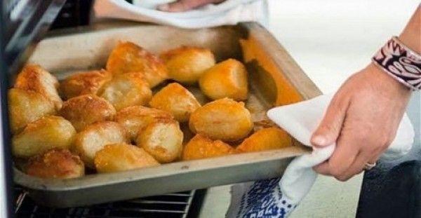 Πατάτες φούρνου τραγανές σαν τηγανιτές με ένα απλό κολπάκι!