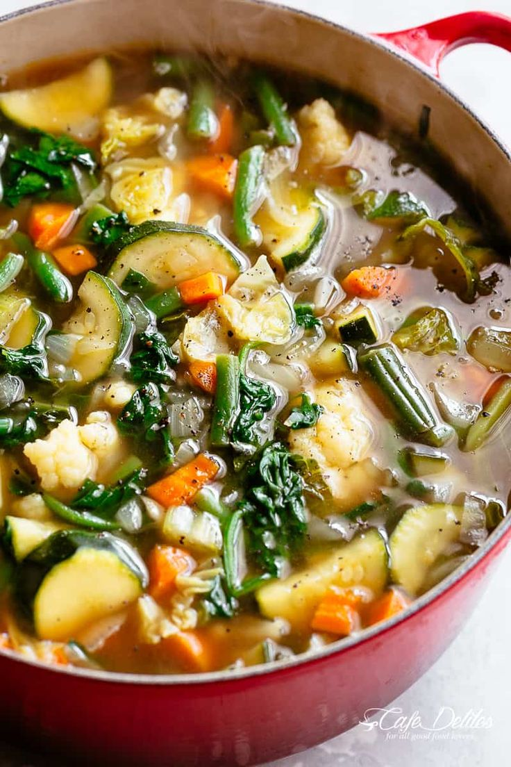 Classic low carb Vegetable Soup is versatile to suit your taste. Perfect Keto re…