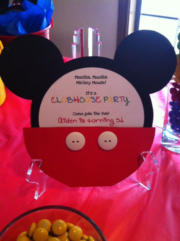 mickey mouse clubhouse birthday party ideas - Google Search....there is a link in here for the oreo mickey's too