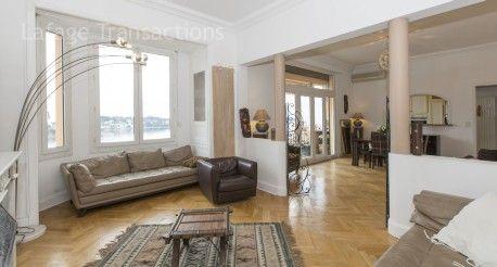 #vente #F3 @villefranche06 100m2 #DernierEtage immeuble 30's  Proche commodités. #CoupDeCoeur #Immobilier #CotedAzur http://www.french-riviera-property.com/fr/detail-appartements-a-vendre/4118-villefranche-sur-mer-3-pieces-a-vendre-de-100m-dernier-etage-vue-mer.cfm
