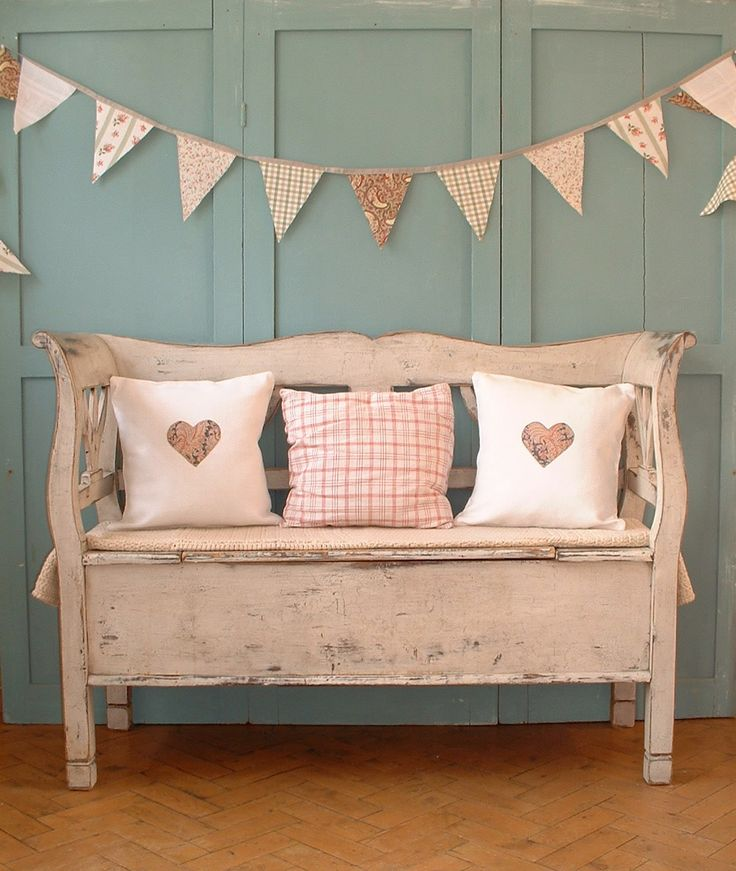 Gorgeous bench and bunting