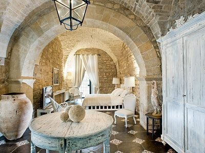Casa Modica in Messina, Sicily - 16th c stone cottage - view from other end