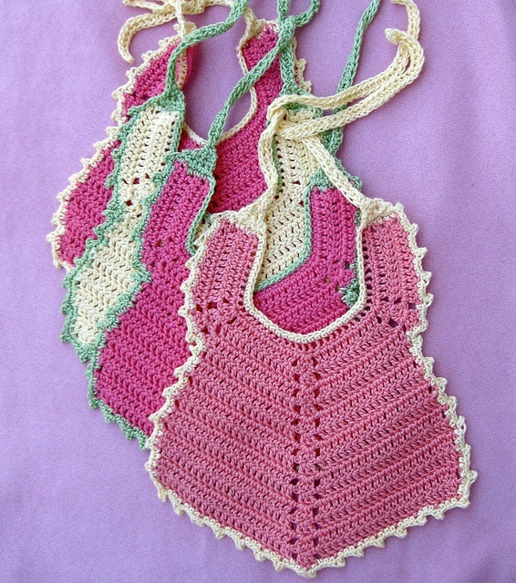Some bibs I made with Lisa Gentry's Slobber Stopper pattern. Fun and quick.