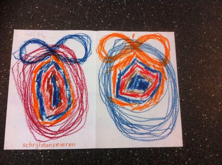Schrijfdans paaseieren met liggende acht strik