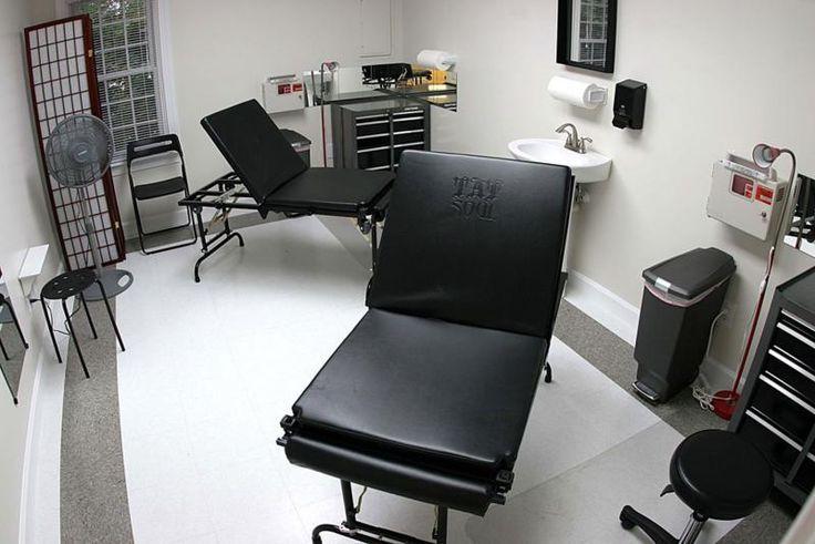 tattoo studio interior - Pesquisa Google                              …                                                                                                                                                     More