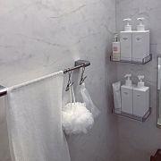 Bathroom/無印良品/ボディタオル/ひっかけるワイヤークリップ/PET詰替ボトル/ステンレスボトルラックのインテリア実例 - 2016-05-04 02:00:41