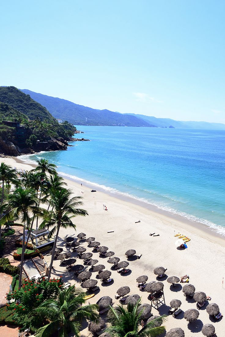 Head to Puerto Vallarta Mexico to experience unlimited Pacific Ocean views right from your hotel suite. Hidden in a secluded paradise, Hyatt Ziva Puerto Vallarta is perfect for the ultimate getaway. Your beach all inclusive vacation awaits. | Hyatt Ziva Puerto Vallarta