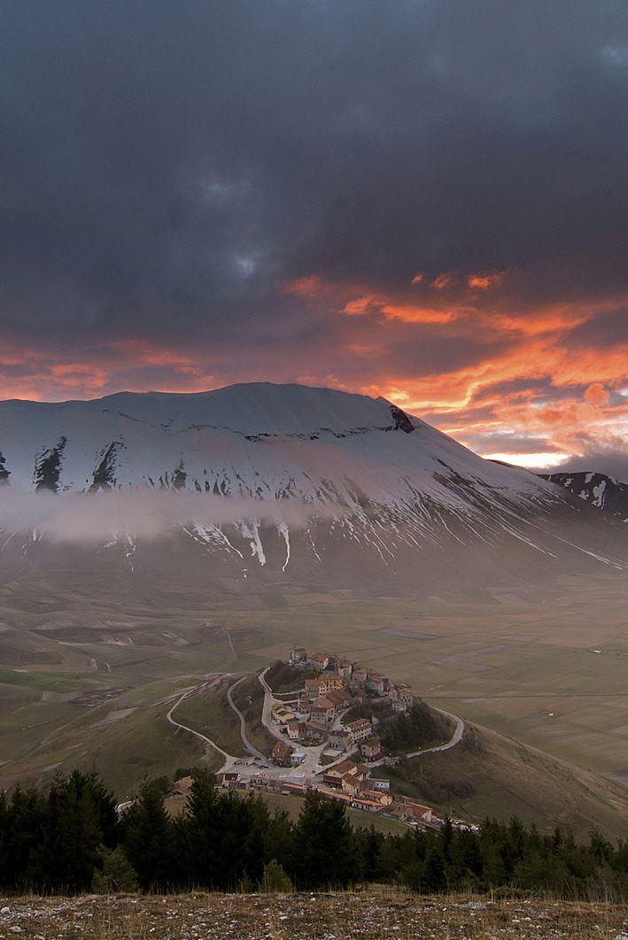 Monte Veletta Castelluccio di Norcia, Italy