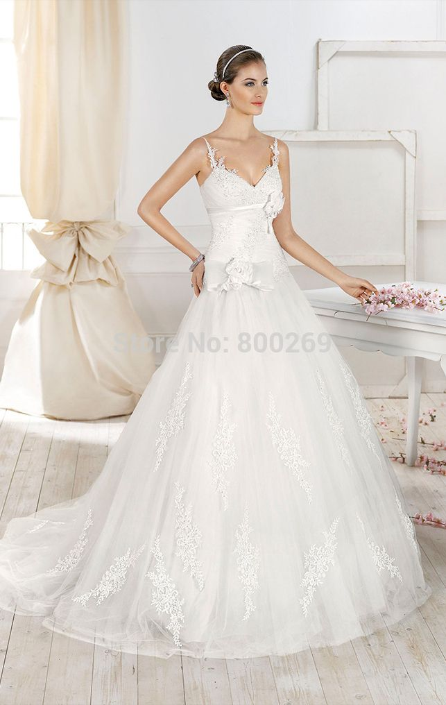 Latest A line V neck Beaded Appliqued Lace Wedding Gown-in Wedding Dresses from Weddings & Events on Aliexpress.com | Alibaba Group