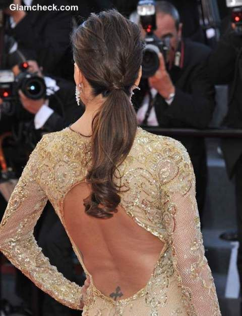 Trendy and gorgeous hairstyle ideas with a low ponytail for 2019