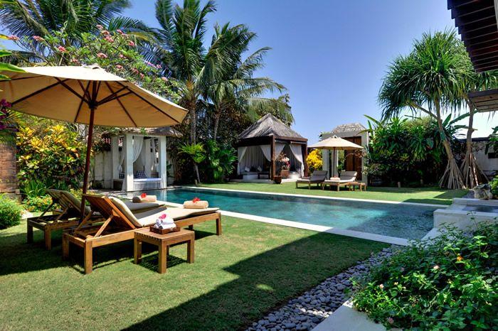 Majapahit Beach Villas | Villa Nataraj and Villa Raj | 3 bedrooms each | Sanur #villa #complex #beach #ocean
