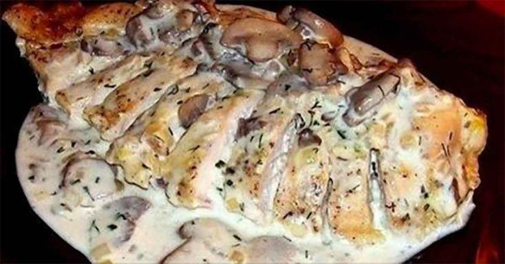 Fenséges tejfölös csirkemell burgonyával, 25 perc alatt el is készíthető! - MindenegybenBlog