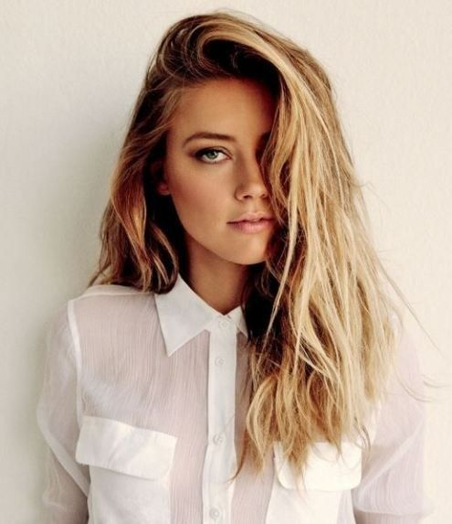 Fake pretty layers. | 15 Noncommittal Ways To Change Your Hair - not bothered by the article just love her hair & makeup