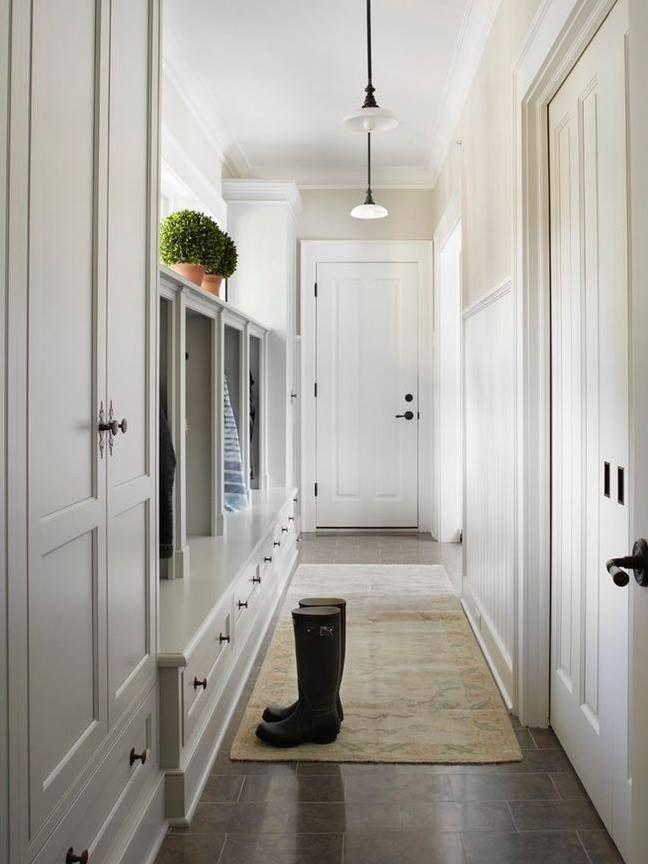 46 best mud room images on pinterest for Arredare corridoio stretto e corto