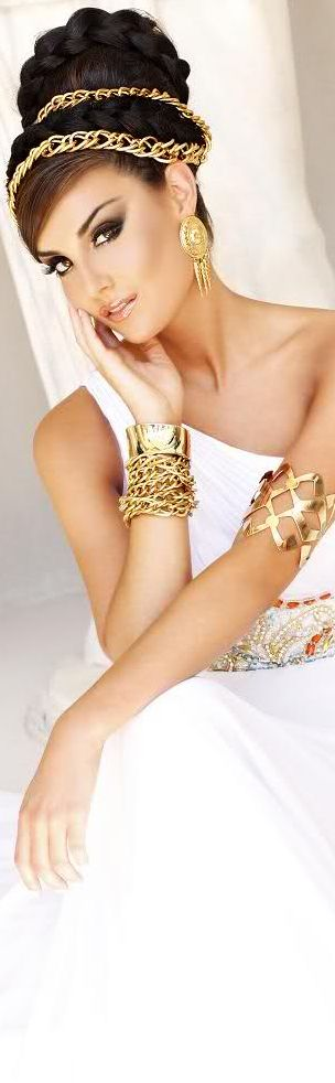 MORE on http://www.pinterest.com/alexmaria27/~-white-and-gold-~/                                                                                                                                                                                 More