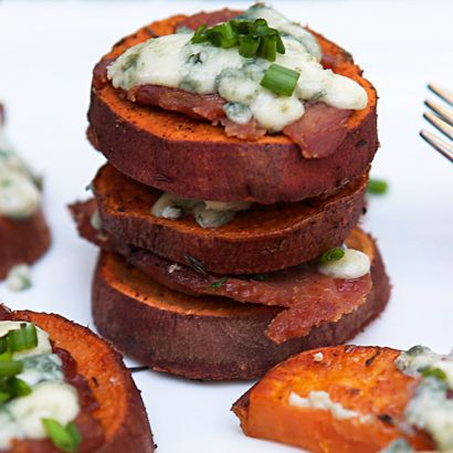 Healthy potato skins appetizer recipe for holiday entertaining with sweet potatoes, blue cheese, bacon & chives. Quick & easy, simple to prepare.