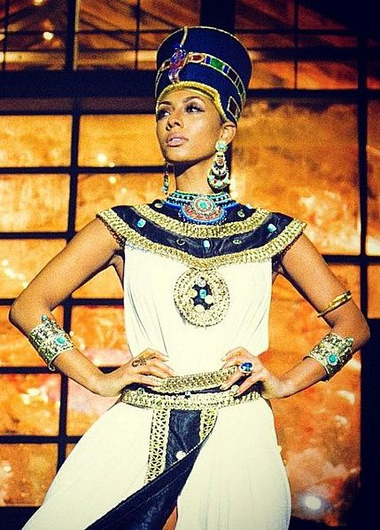 Nefertiti Halloween costume
