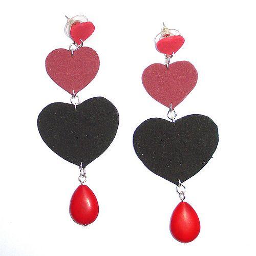 Love Orecchini in Moosgummi rosso, bordeaux, nero idea regalo San Valentino SHOPONLINE:http://www.alittlemarket.it/orecchini/love_orecchini_in_moosgummi_rosso_bordeaux_nero_idea_regalo_san_valentino-7196783.html