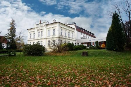 Parkhotel Morris - Nový Bor www.hotelmorris.cz Hotel 4*