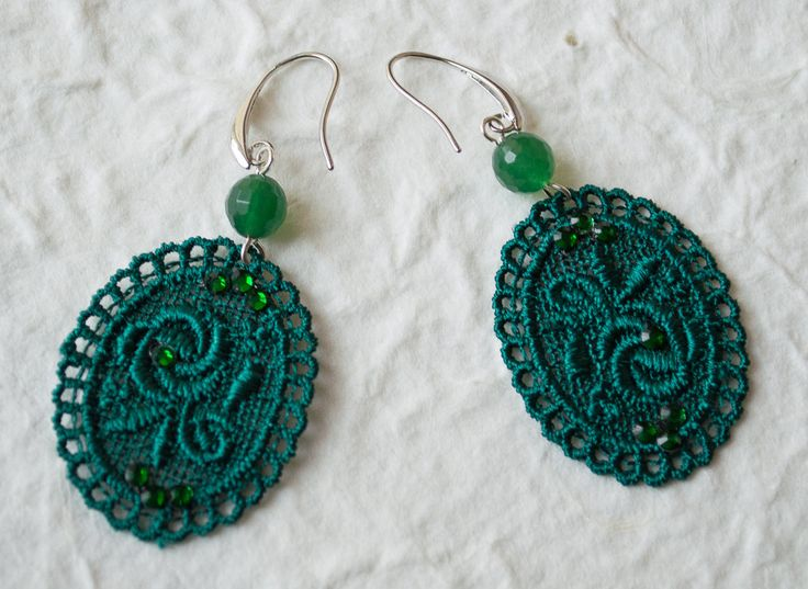 Dangle Dark Green Lace Earring with Natural Round Green Faceted Agate Beads Statement earrings by UnikacreazioniShop on Etsy