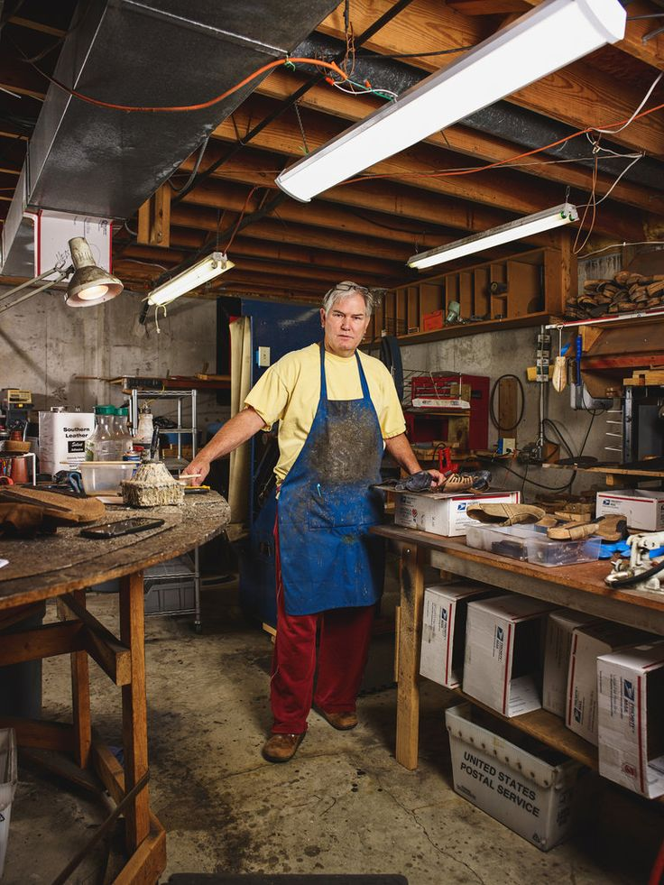 Business is booming for Tom Lonergan, a retiree in Ohio who is one of the brand's few independent repairmen.