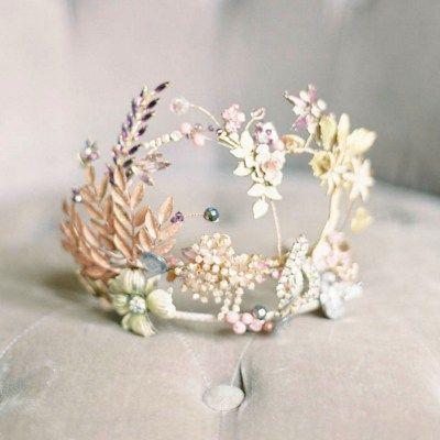 Nature inspired bridal headdress by Cherished
