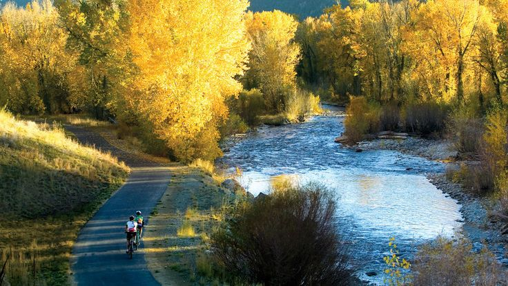 Sun Valley, ID | Whether you're looking to relocate or simply want to travel with the entire clan, you won't have to sacrifice anyone's creature comforts in these hospitable, bark-friendly cities