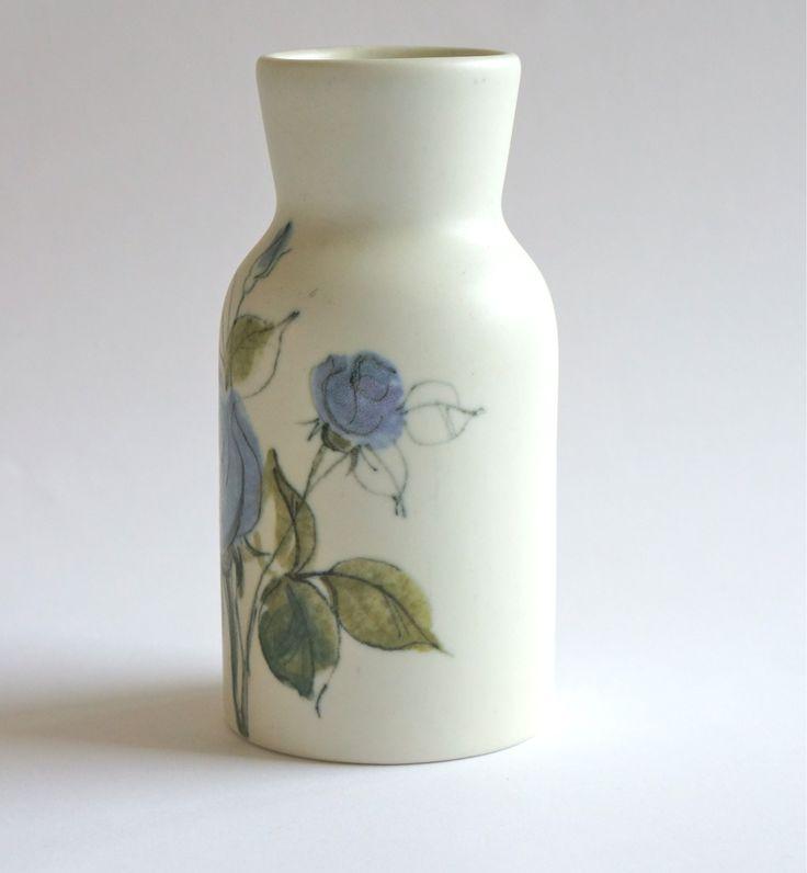 Arabia Vase purpleblue flower Hilkka-Liisa Ahola