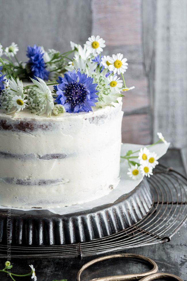 ... banana caramel layer cake ...
