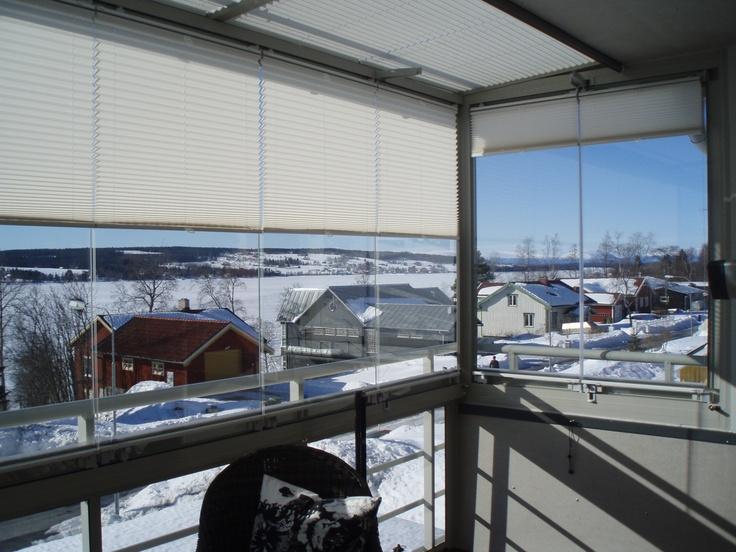 Våra solskydd är anpassade till vårt nordiska klimat, funkar i alla årstider vinter som sommar.