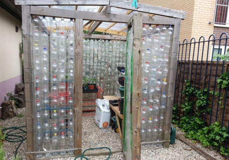 1000 vizespalackból építünk kerti melegházat   Hobbikert.hu