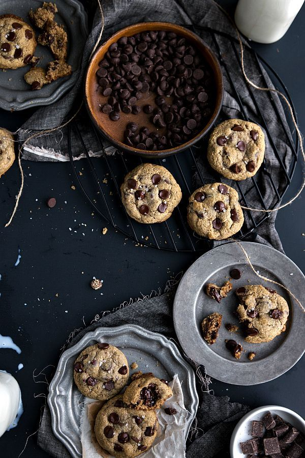Healthy + Flourless BEST ever chocolate chip cookies! via http://chelseasmessyapron.com #cleaneating #cookie #dessert --use applesauce instead of egg--