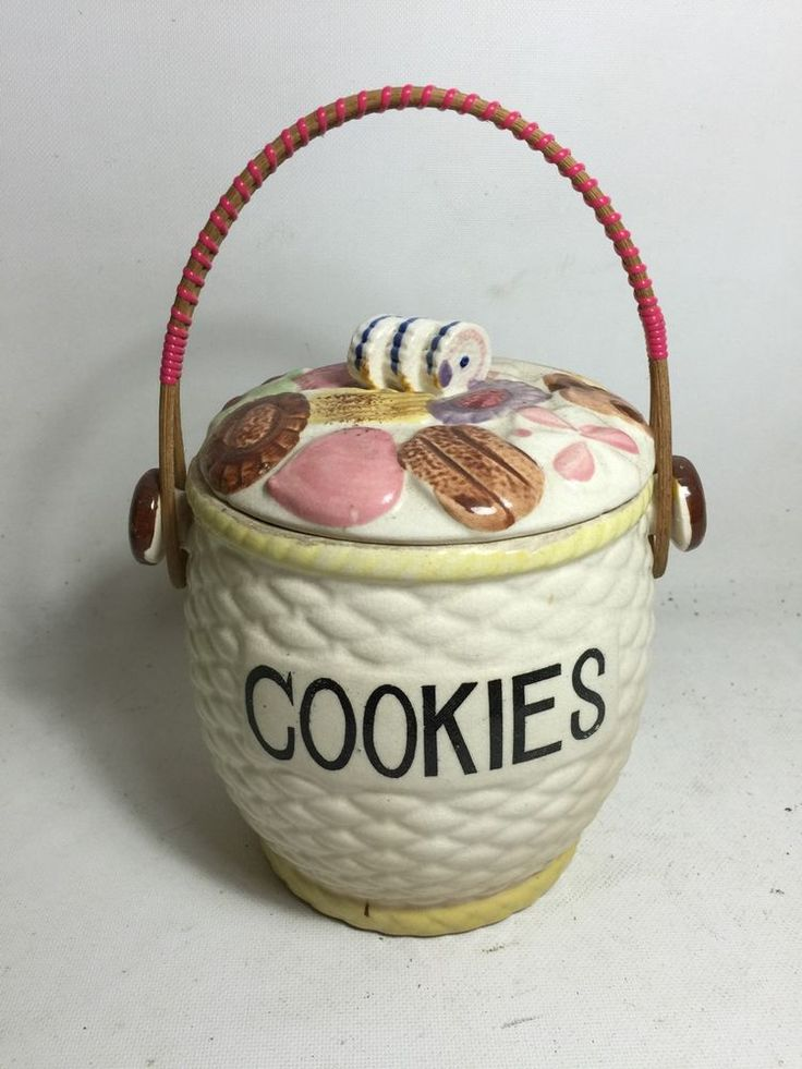 NANNAS VINTAGE ANTIQUE COOKIE BISCUIT BARREL CANISTER VERY CUTE KITCHEN PROP