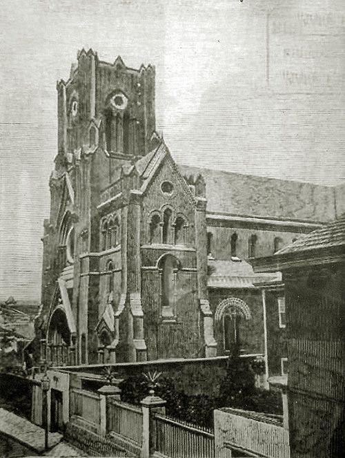 Edificios del Colegio y la Iglesia de los Sagrados Corazones de Valparaíso hacia el 1900, antes de su destrucción en en terremoto de 1906...