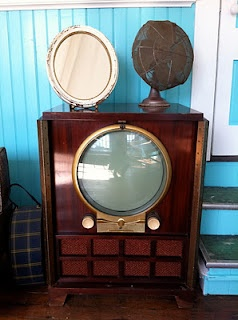1949 Zenith T.V.: Tv S, Yesteryear, Grandparents Screens, Television Sets, Vintage Tv, Baby Pictures, Tvs Recordplay, Zenith Tv, Vintage Television