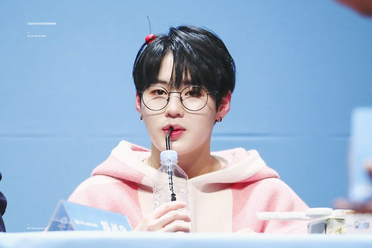 180111 Wanna One at Yohi Fansign #Sungwoon