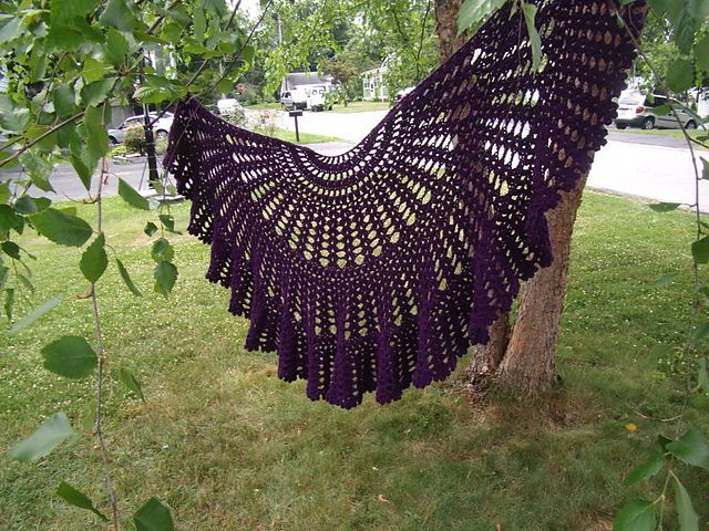 Be a Friend Shawl / Have a Heart Shaw: free crochet pattern